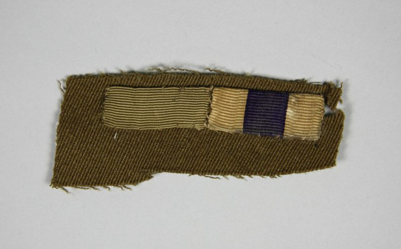 Officer's medal stripes