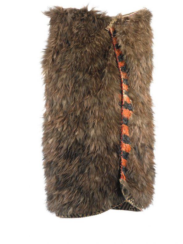 Kahu kiwi (kiwi feather cloak) named Piata, 1840-1855, Hawke's Bay, maker unknown. Gift of Judy La Marsh, 1967. Te Papa (ME011807)