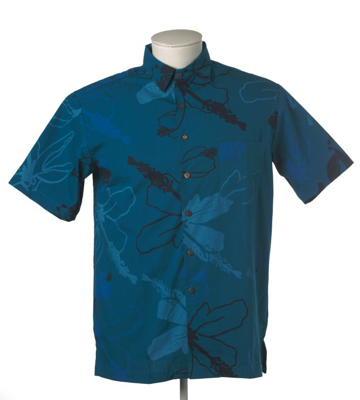 Kealopiko's Pua Aloalo shirt. Te Papa.
