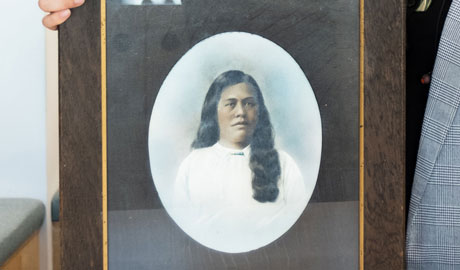 A portrait of a Maori woman
